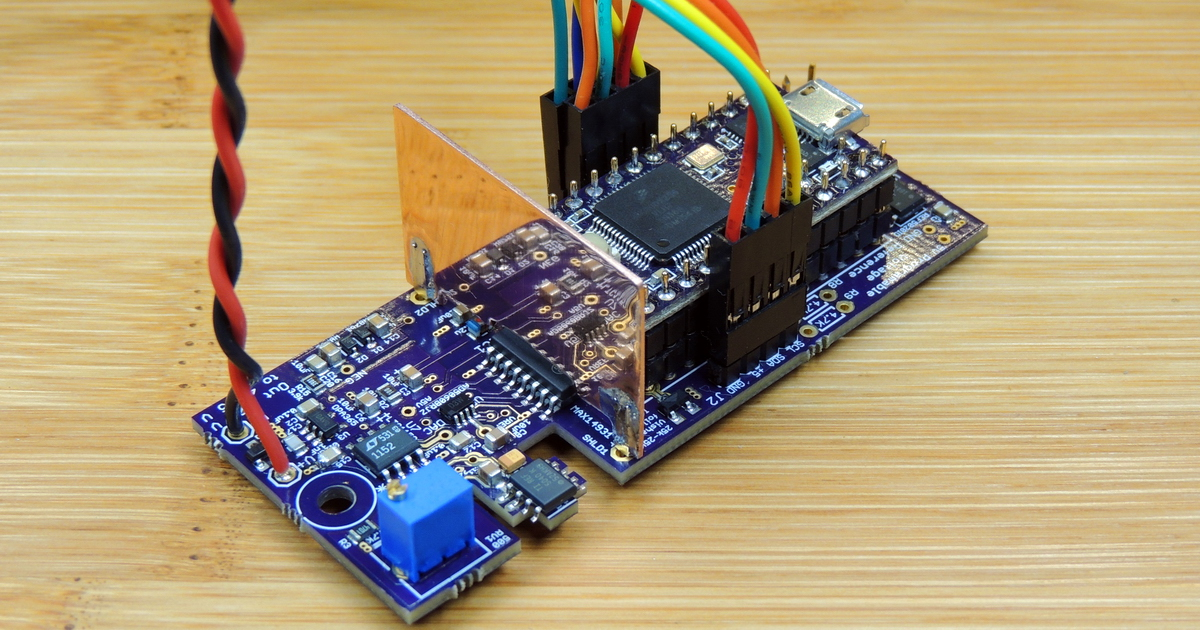 Programable Voltage Reference V2.12 ready to install in enclosure