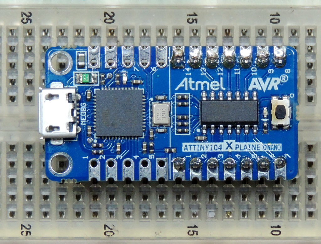 Atmel ATTINY 104 microprocessor development board review