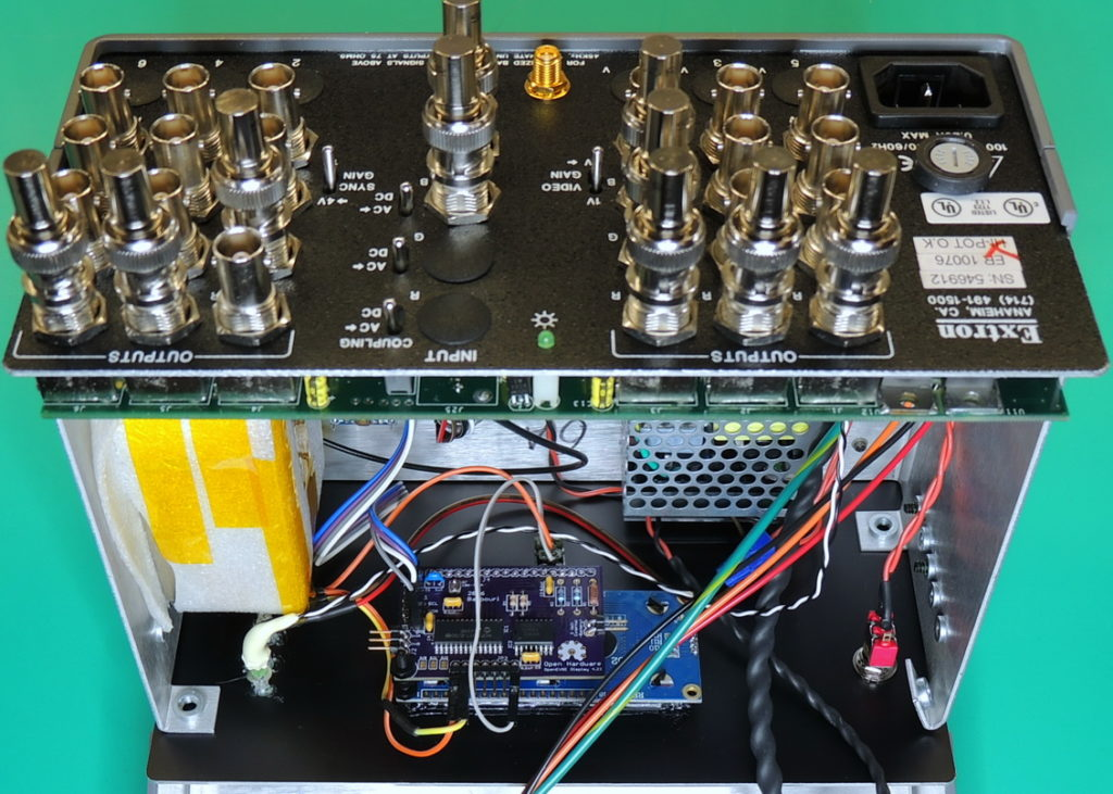GPSDO 10MHz Inside display, front panel switches and indicators