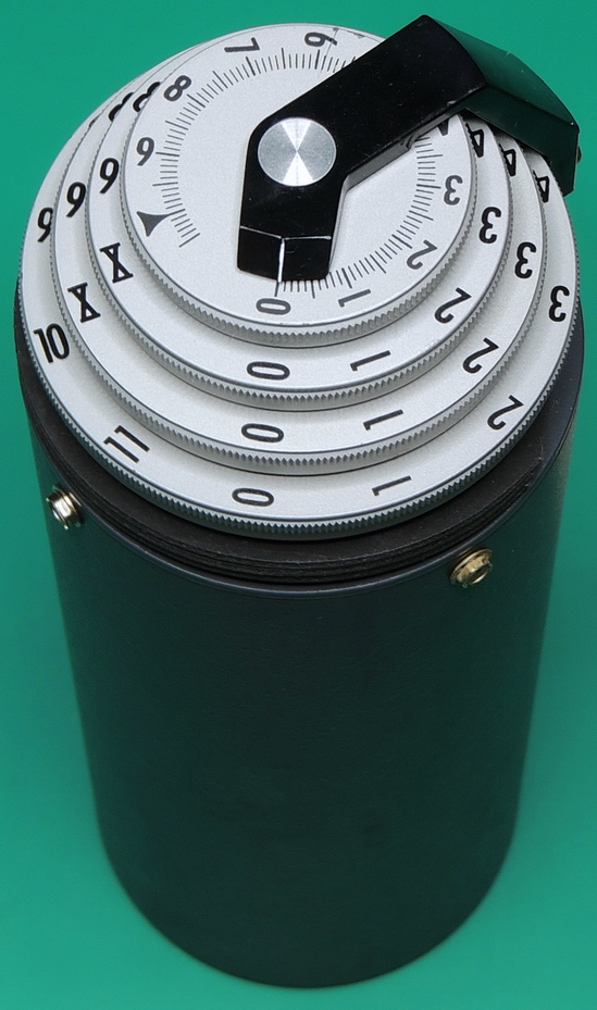 ESI Dekastat DS1463 decade resistor top view of dials and case